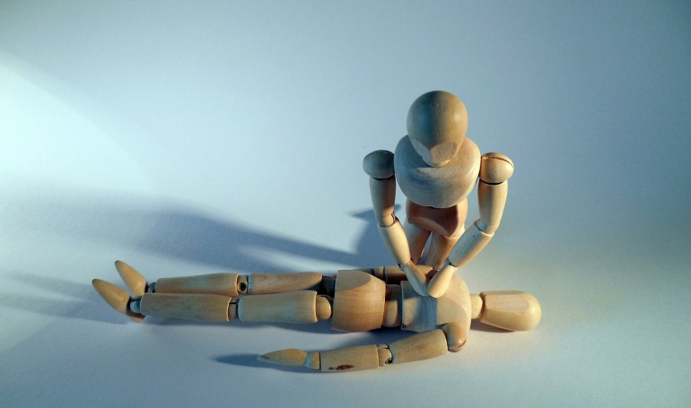 representational image of person giving first aid